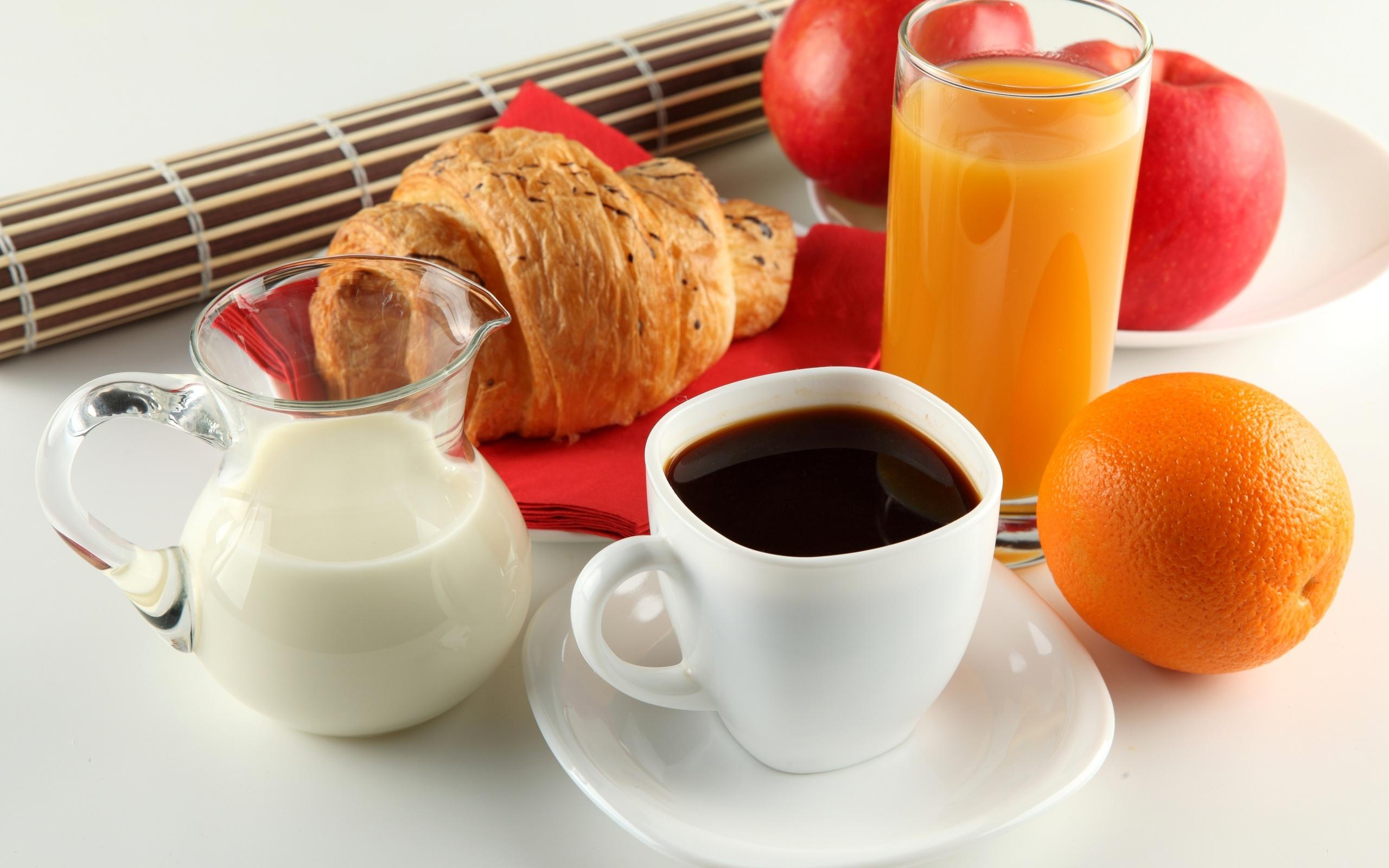 Завтрак, молоком, круасан, апельсиновый сок, напиток кофе картинки, 2560 на 1600 пикселей