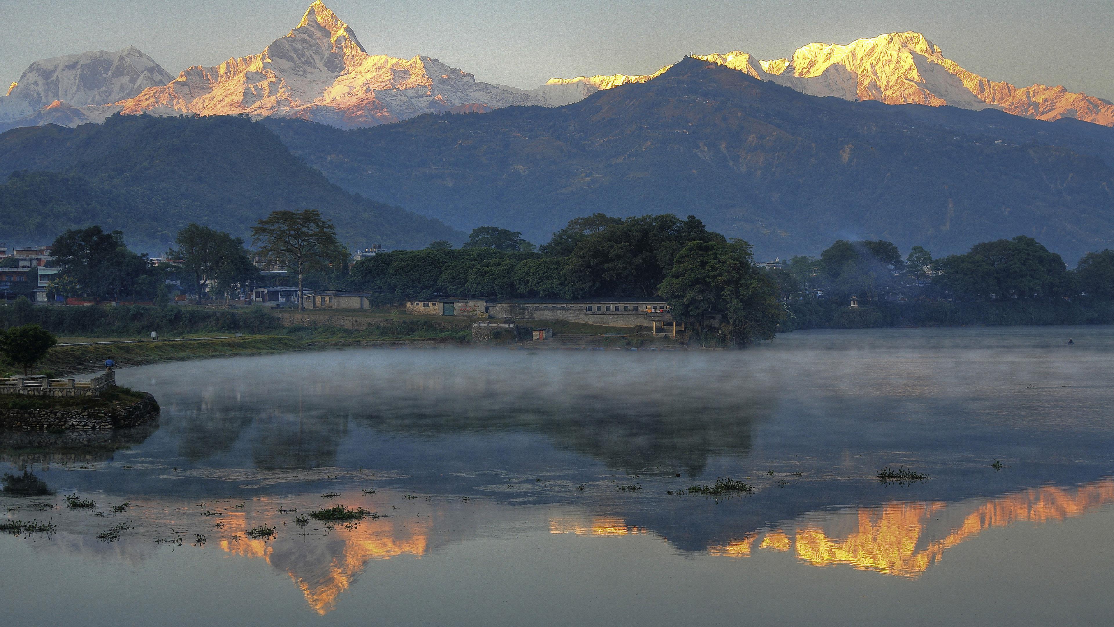 Эверест обои на айфон, гора, природа, туман, 3840 на 2160 пикселей