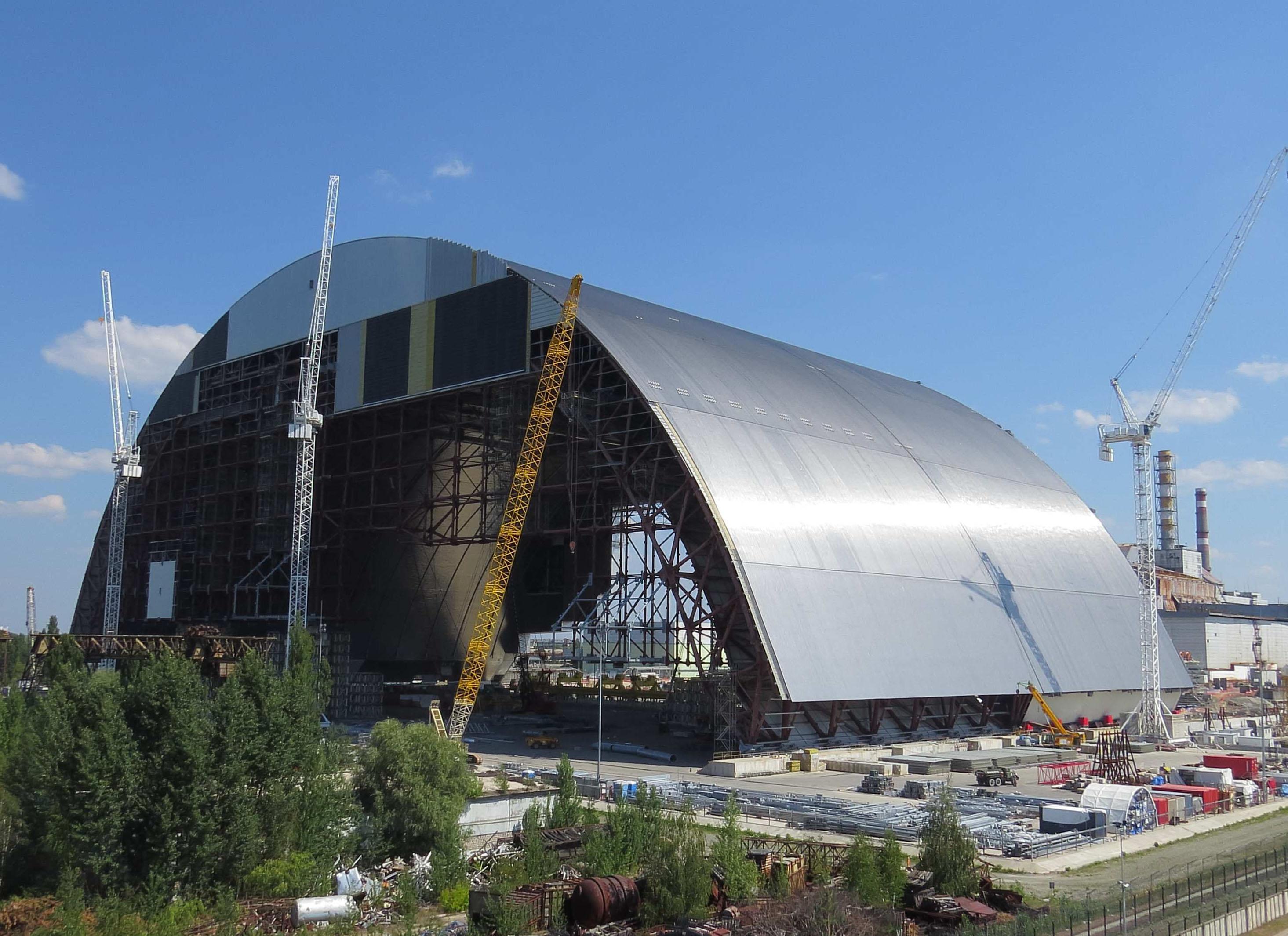 Саркофаг над 4-м энергоблоком ЧАЭС, Чернобыль зона отчуждения обои, 2930 на 2130 пикселей