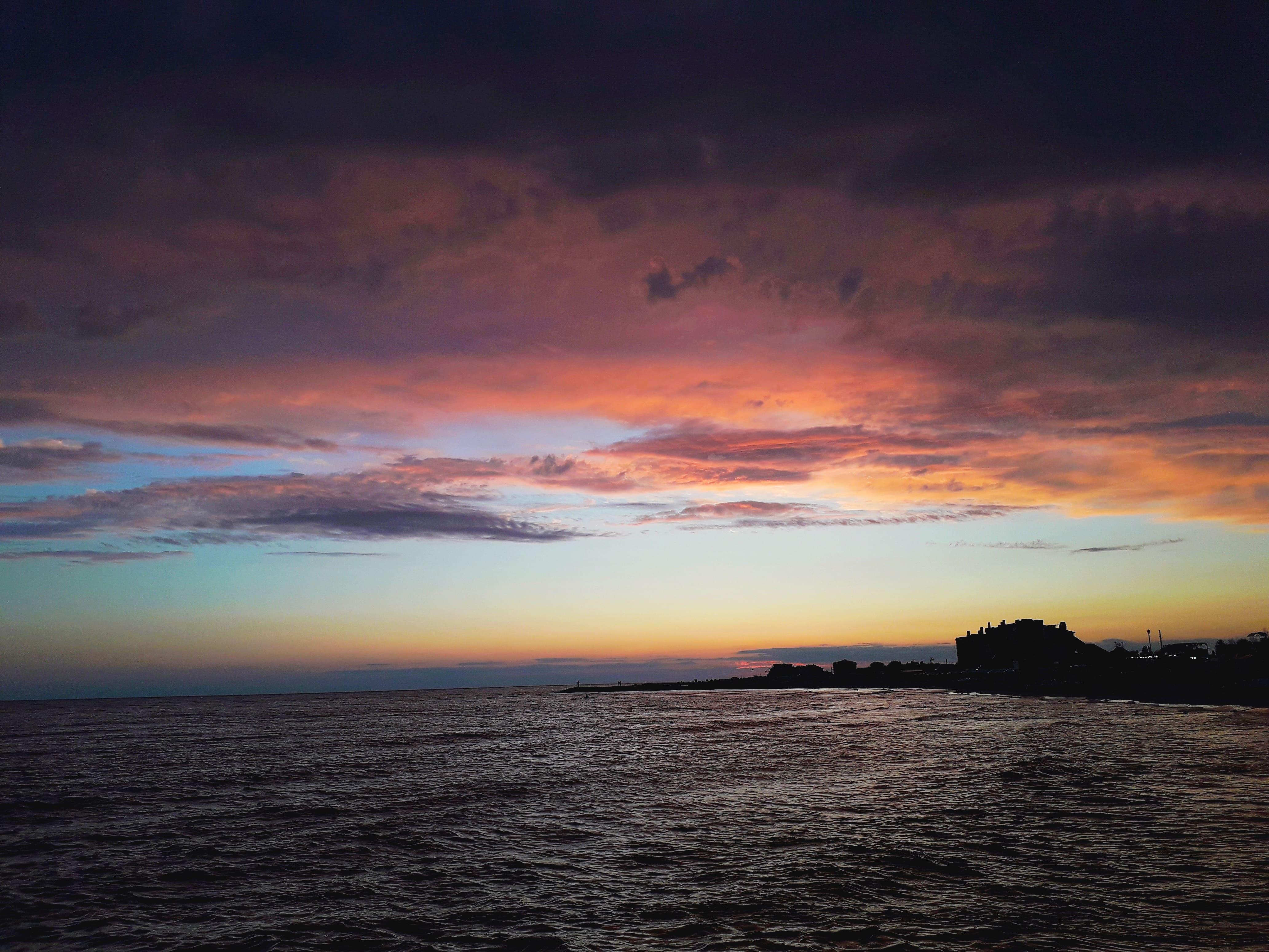 Закат на чёрном море, обои на айфон высокого качества природа, 4128 на 3096 пикселей