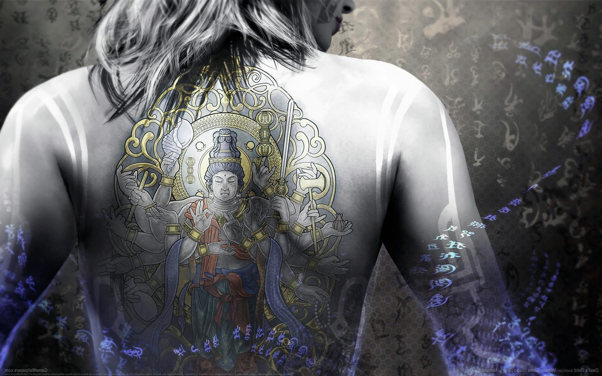 HDoboi.Kiev.ua - Девушка с тату Будды, женские татуировки на спине фото