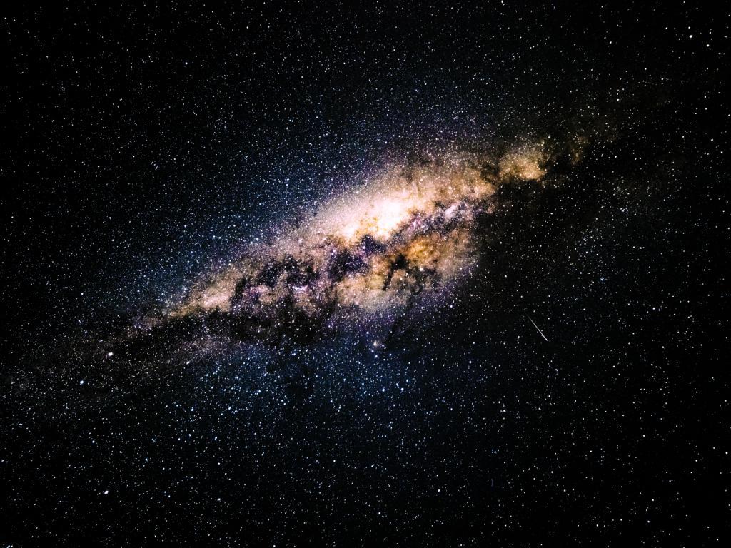 Обои млечный путь на iphone 5, космос, галактика, 1600 на 1200 пикселей