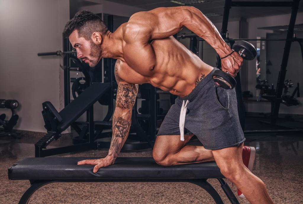 Мускулистый парень в спортзале, обои обнаженные мужчины, 5366 на 3629 пикселей
