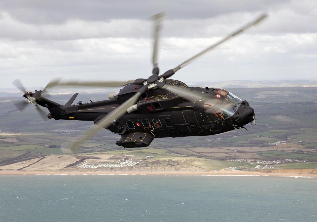 Боевой вертолет HH-101A Caesar, вертолет обои смартфон, 2560 на 1797 пикселей