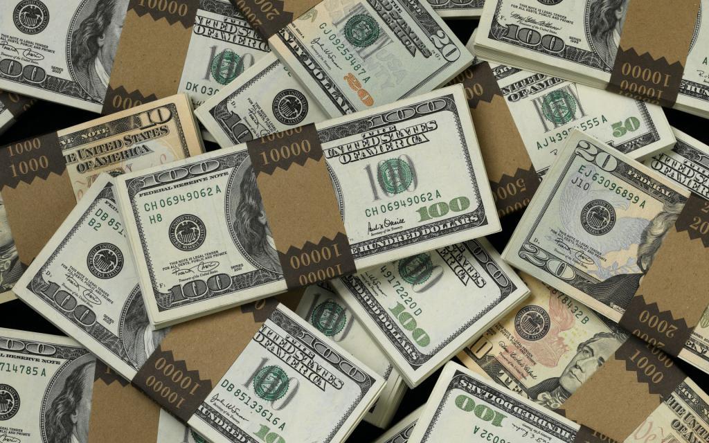 Пачки сто долларовых купюр, обои деньги для iphone 5, 1920 на 1200 пикселей