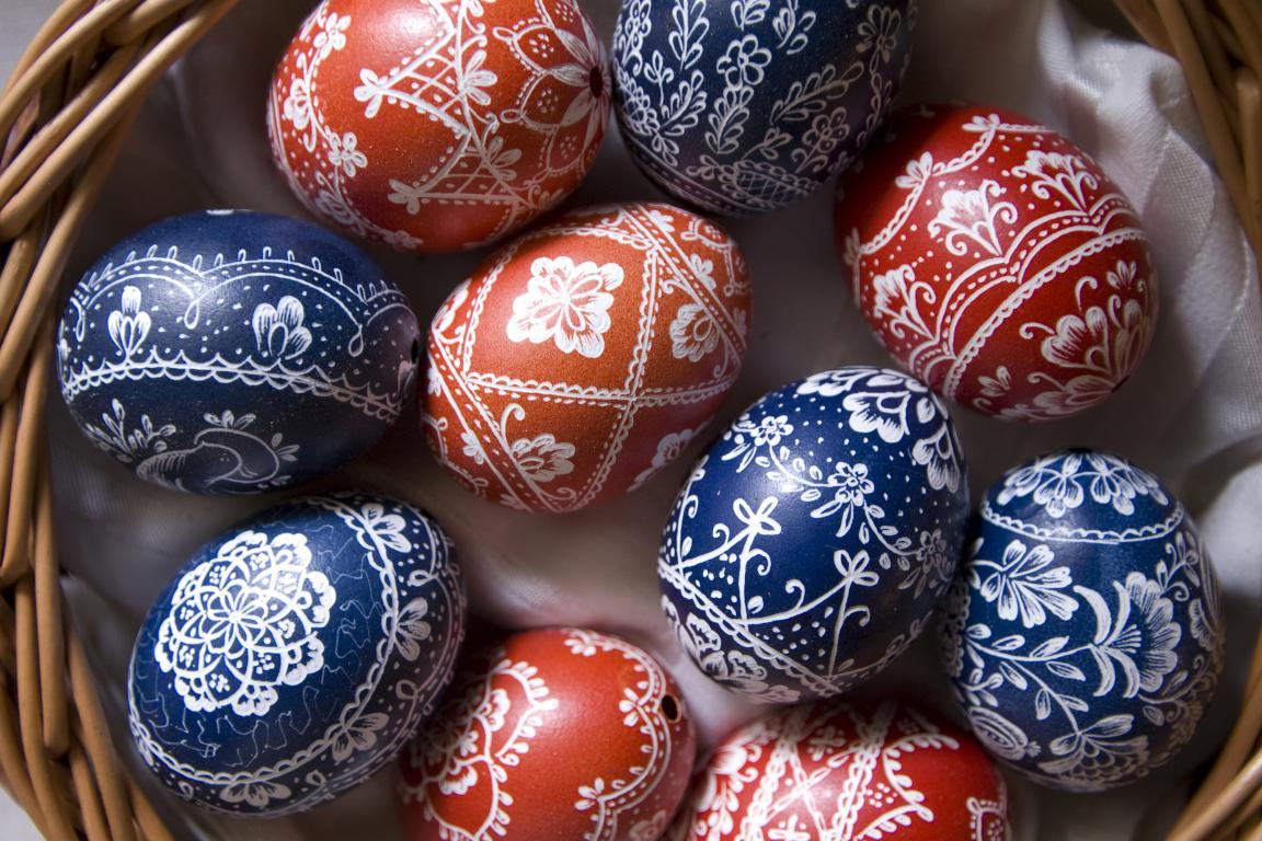 Яйца с рисунком на Пасху 2020, 3000 на 2000 пикселей