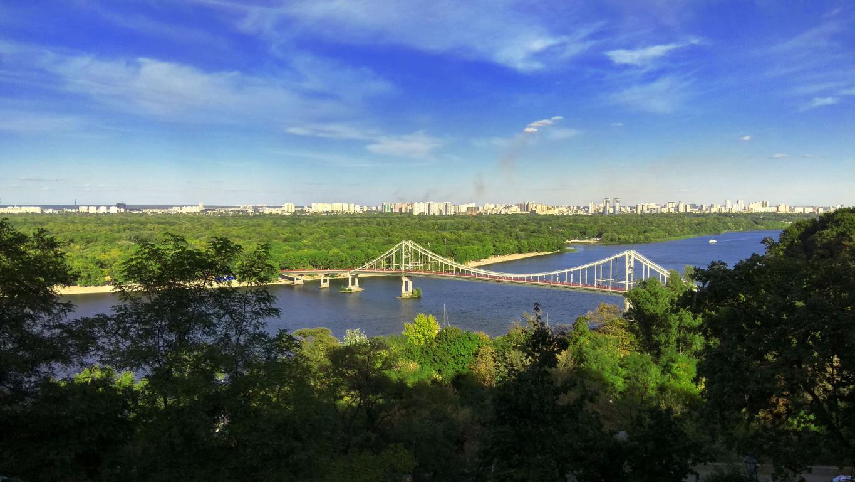 Река Днепр в Киеве, 4160 на 2340 пикселей