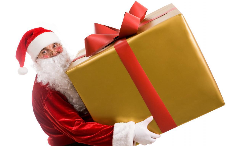 Дед мороз с большим подарком на Новый Год 2020, 1920 на 1200 пикселей