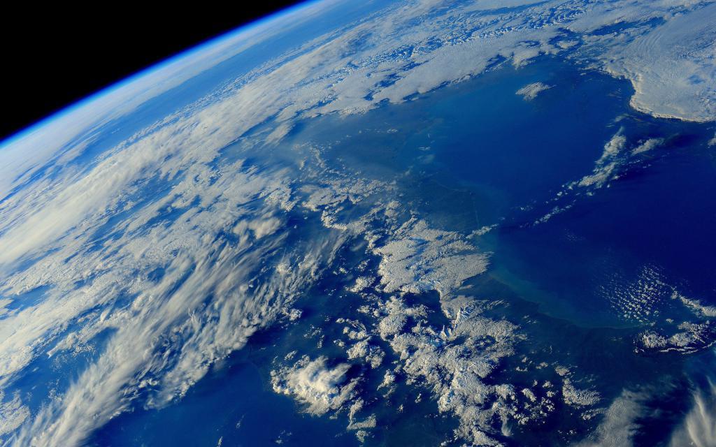Планета Земля вид из космоса, обои на андроид про космос, 2560 на 1600 пикселей