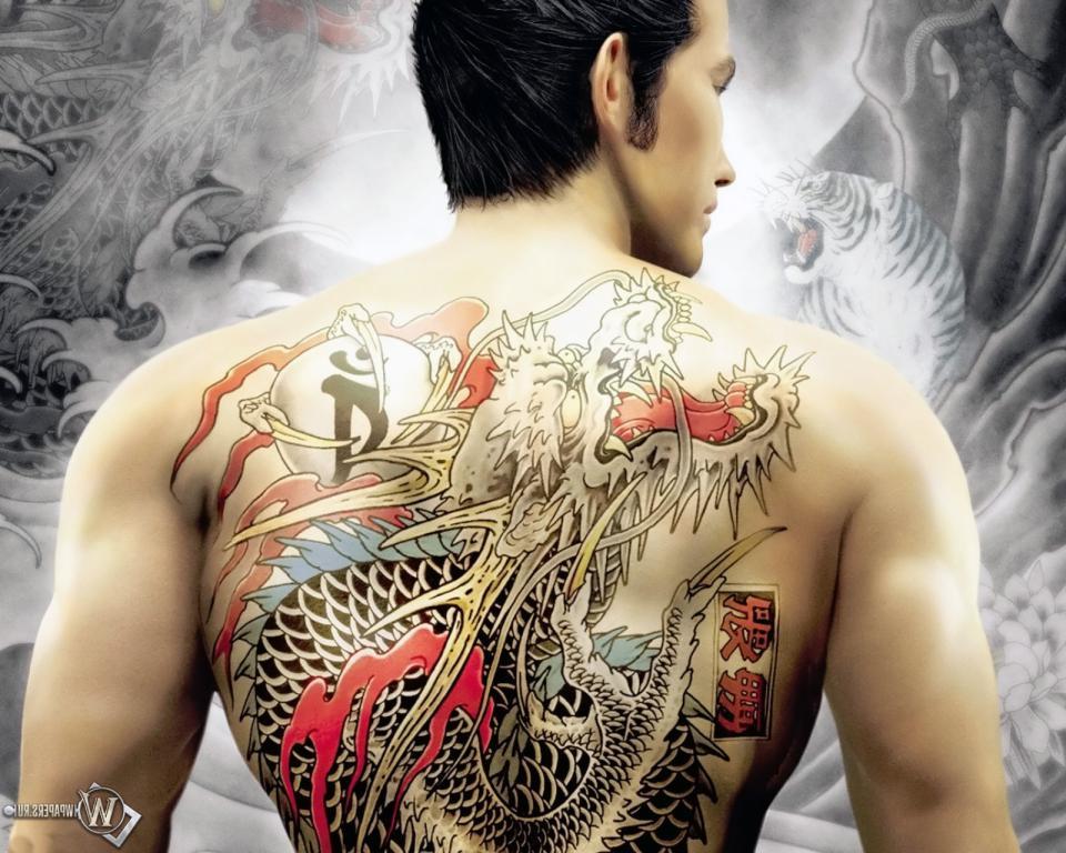 Тату якудзы на спине у мужчины, 1600 на 1280 пикселей