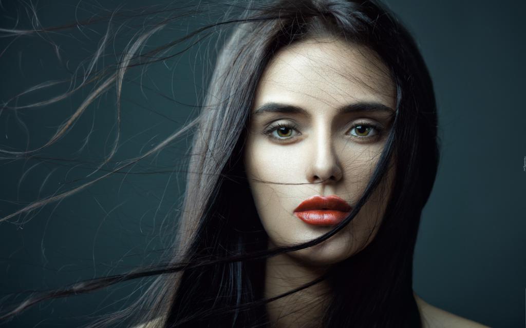 Красивая девушка брюнетка, обои на рабочий стол милые девушки, 2560 на 1600 пикселей