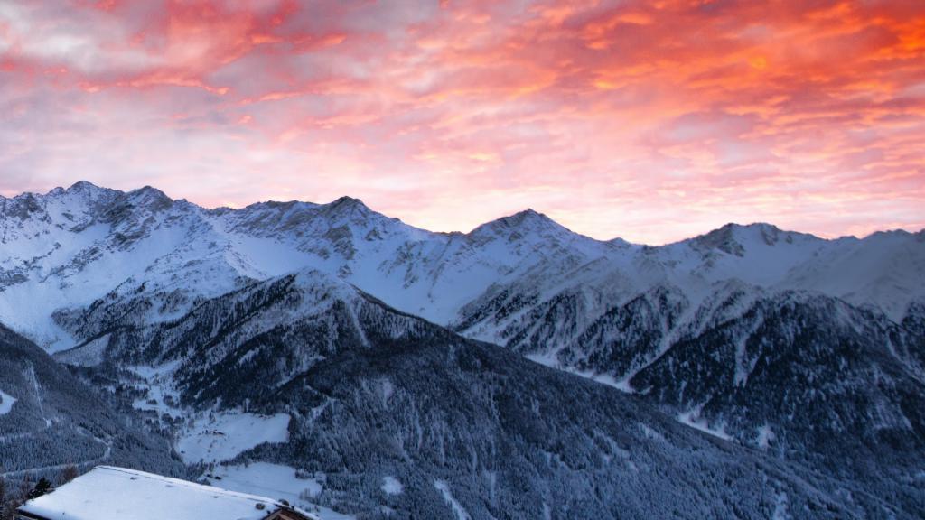 Зима горы обои, 2560 на 1440 пикселей